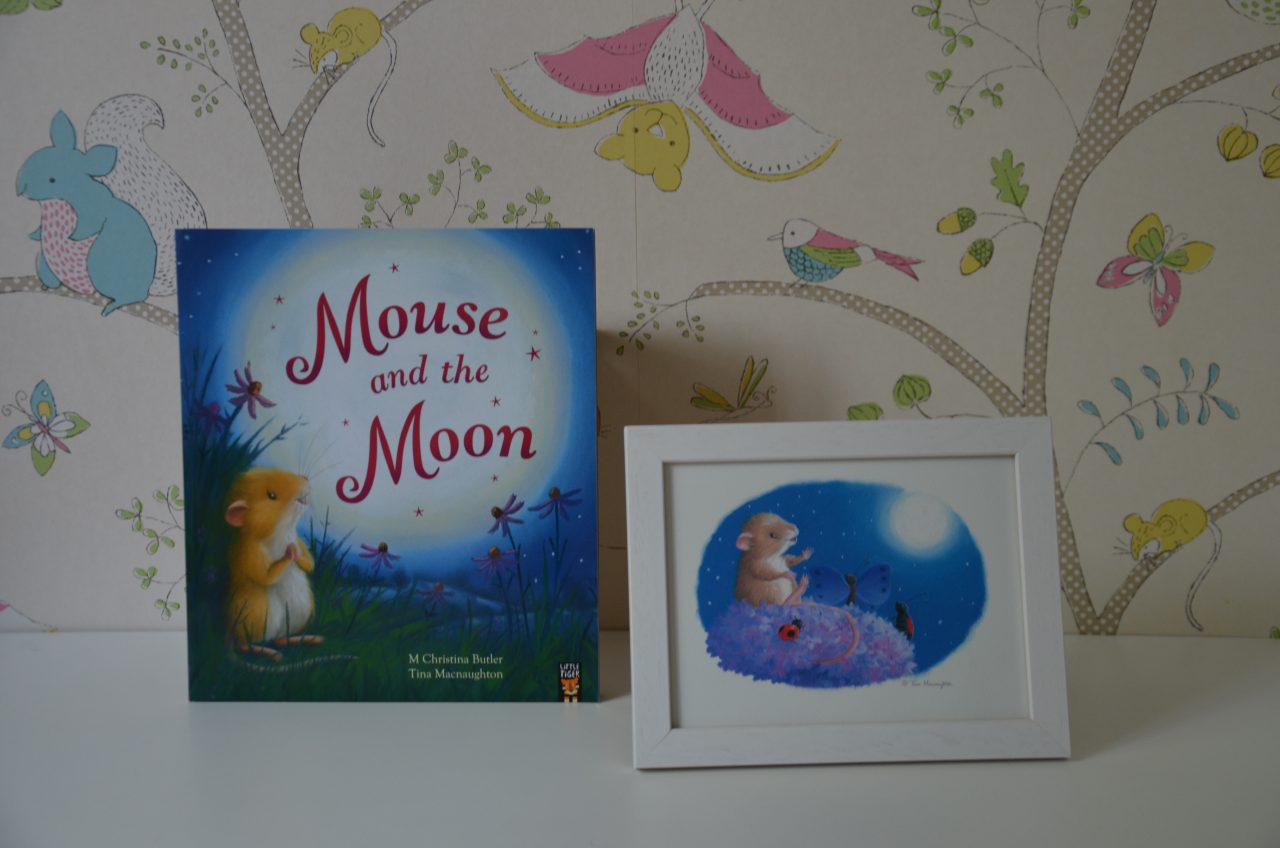 Mouse and the Moon Illustrated by Tina Macnaughton